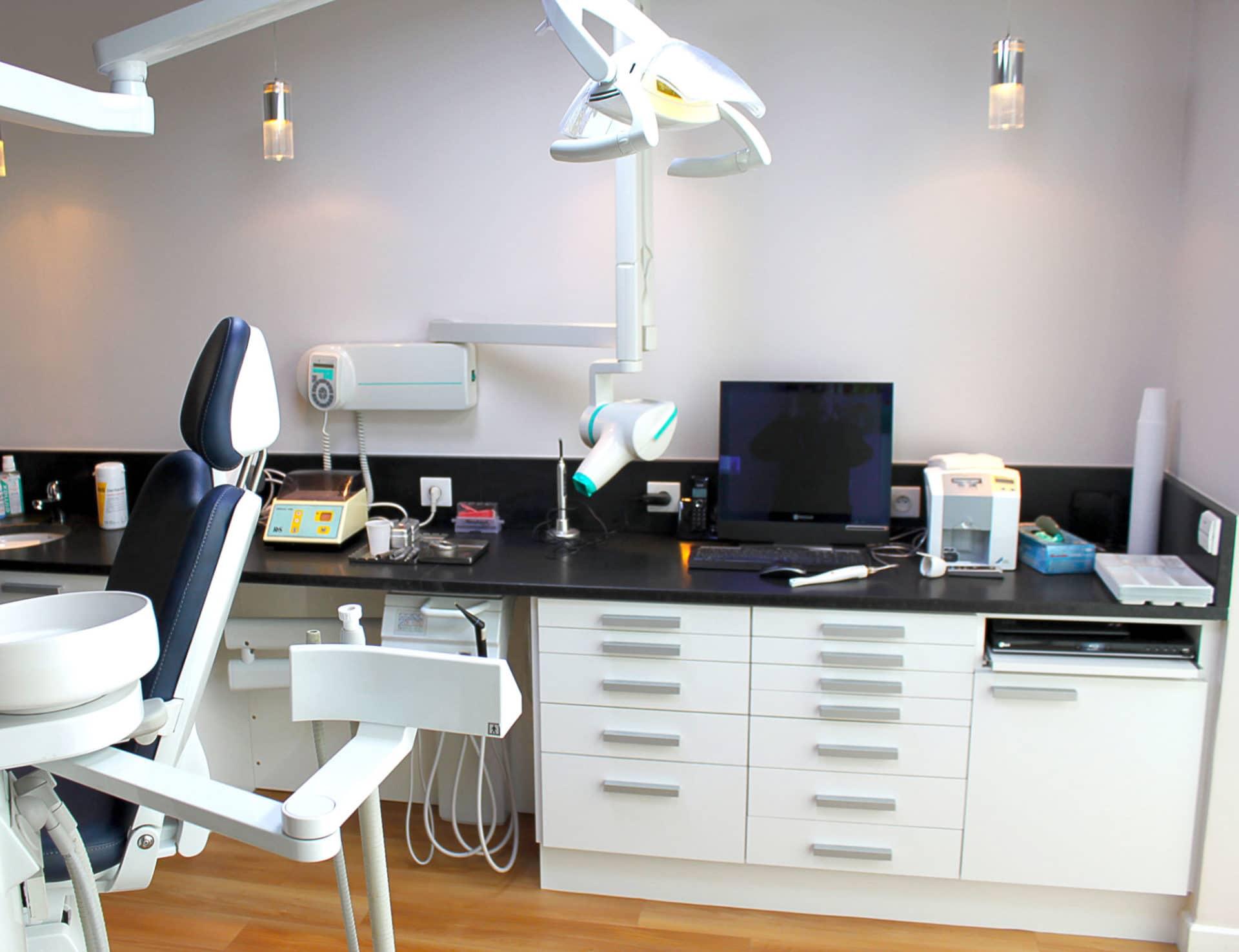 am nagement cabinet dentaire docteur olivier quere. Black Bedroom Furniture Sets. Home Design Ideas